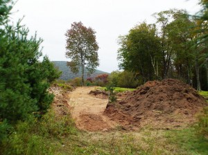 Topsoil on right. Clay deposited East.
